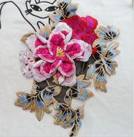 Precio de Cosiendo flores 3d-Etiqueta engomada del remiendo de la flor 3D remiendos bordados coser en el remiendo de la puntada para las etiquetas decorativas de las etiquetas Tamaño 20x30cm Accesorios de DIY