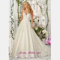 Wholesale 2017 Vintage Country Western Wedding Dresses V Neck Crystal Lace Bridal Gowns Vestido de Noiva Princesa A Line Abito Da Sposa