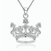achat en gros de pendentif pendentif en couronne cubique-New Arrival Silver Plated Shiny Cubic Zirconia Crown Pendentif Simple Design Necklace for Girls Livraison gratuite