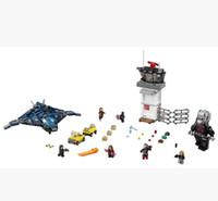 big blocks battle - Super hero airport battle with big ant man iron man team witch assembled toy building blocks