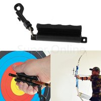 Wholesale Outdoor Black Silicone Gel Archery Target Hunting Shooting Bow Arrow Puller Remover Keychain Equipment