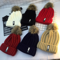 Wholesale Ms han edition of a new hat with thick hair bulb warm winter hat lovely B standard knitted cap