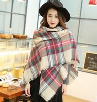 Wholesale Best Sale High Quality Fashion Brand Designer Cashmere Triangle Plaid Scarf Winter Women Shawl Pashmina Cape Blanket Plaid Foulard