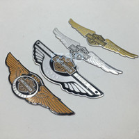 Wholesale 2pcs Motorcycle Fuel Tank Eagle Wing Badge Emblem Decal Sticker Fairing Body For Harley Touring Cruiser Custom