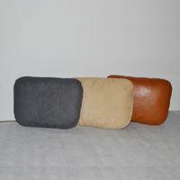 Almohadilla de la almohadilla del cuello del coche de la alta calidad Amortiguador de la ayuda para conducir el gran tamaño gris beige marrón Cuatro estaciones del ante de cuero universal de la PU