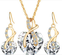 Wholesale Europe and the United States wedding dinner fashion charm heart shaped Austria crystal Zircon Earrings Necklace Jewelry Set