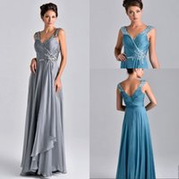 Wholesale 2017 New V neck Silver Chiffon Mother Of The Bride Dresses Beaded Crystal Floor Length Chiffon Evening Dresses