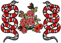 achat en gros de broderie de fer-Broderie Patchs Snake Fleurs Roses DIY Fer sur les patchs pour les enfants Sac à vêtements, personnalisé MOQ 100pcs