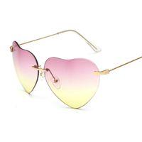 achat en gros de lunettes de soleil en forme d'étoile-Nouvelles lunettes de soleil en forme de coeur étoiles rue pêcher en forme de coeur lunettes de soleil en forme de mode approuvé lunettes de soleil