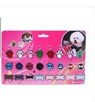 La pintura pendiente de las etiquetas de perro al por mayor para el color del gato de los encantos del collar del gato del perro pequeño y el estilo 10pcs / lot, color de la mezcla, seis colorean está disponible