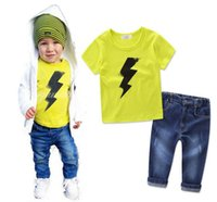 jeans jaune pour garçons achat en gros de-2017 Ensembles de vêtements pour enfants pour garçons Yellow Lightning T-shirts Jeans Pantalons 2Pcs Set Summer Cotton Kids Boutique Enfant Vêtements Outfits