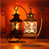 Wholesale Romantic Love classical iron hollow Candlestick Candle Holder candle stand Lantern Light for Wedding Room festival home Decor