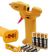 Wholesale Household W maintenance hot melt glue gun V safety voltage DIY glue gun plus gift transparent hot melt glue stick