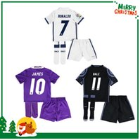 Wholesale 16 Real madrid kids boy kit sock Soccer Jersey Benzema Ronaldo football Modric Kroos Sergio Ramos Bale Marcelo james shirt