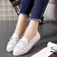 Niñas de arranque blanco Baratos-Zapatos de la borla, zapato de las señoras, blanco fruncido de cuero suave estupendo de las mujeres de la manera Señora Girls Shoes, mujeres que funcionan con las zapatillas de deporte de las botas,