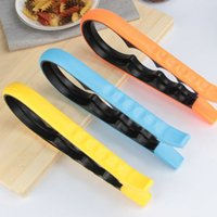 Wholesale Hot Fashion Screw Cap Jar Bottle Wrench in Creative Multifunction Gourd shaped Can Opener Kitchen Tool