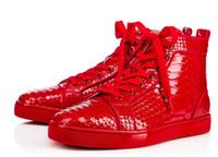 Precio de Snake skin-2017 zapatos causales de los hombres a estrenar alta calidad atan para arriba las zapatillas de deporte de la impresión de la piel de serpiente arriba altos rojos hombres inferiores que conducen los zapatos zapatillas de deporte gruesas del talón