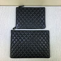 Wholesale women s fashional designed genuine leather clutch bag Ipad bag