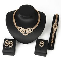 Wholesale Charming Lady Gold Plated Jewelry Elegant Fashion Bridal Wedding Dress Accessories Costume Jewelry Set