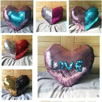 Wholesale Heart Shape Mermaid Sequin Pillowcase DIY Reversible Transform Color Sequins Car Home Decoration Pillowcase Valentine s Day Gift