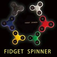 Wholesale EDC Fidget Spinner toy finger spinner toy Hand tri spinner HandSpinner EDC Toy For Decompression Anxiety Toys with retailed box Free DHL
