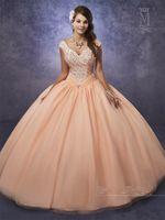 al por mayor 15 vestidos de melocotón-Shininging Tulle Quinceañera Vestidos 2017 Mary's con el cabo y el retrato Cuello principal Beading melocotón vestidos de 15 anos en color rosa