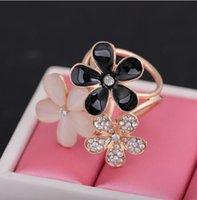 Wholesale Brand New women s scarf buckle new five leaves and flowers scarf buckle zircon flower brooch tricyclic Europe three flower scarf brooch