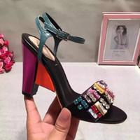 El verano de cuero genuino de la sandalia de la cuña del talón de Beadings calza la marca cómoda cómoda RC1530 de la manera del diseñador de moda