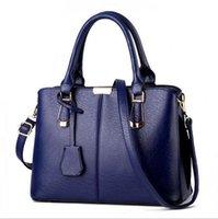 Wholesale 2017 Women Famous brand designer Luxury leather handbags women messenger bag Ladies crocodile pattern Shoulder bag Crossbody