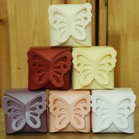 Wholesale 100pcs lot250g Pearl Paper European style Mini Creative Butterfly Candy gift Box for Wedding Supplies