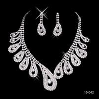 Bon Marché Mariage met en vente-15042 Cheap Hot Sale Femmes Bridal Wedding Pageant Rhinestone collier Boucles d'oreilles Ensembles de bijoux pour les bijoux de fête de mariée