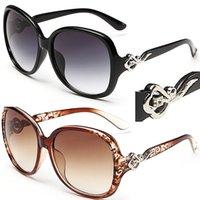al por mayor sunglases de diseño-Gafas de sol para las mujeres Sunglass de lujo de las señoras de Glases de la mujer de Sunglass de la manera Sunglases de las mujeres 2017 para las mujeres Gafas de sol baratas para los diseñadores de las mujeres 9C5J68