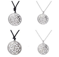 amulets and talismans - 20pcs Slavic Kolovrat Pendant Molvinets in Yarilo Symbol Valkyrie Amulet Talisman Viking Male And Female Ethnic Necklace A128141