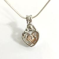 al por mayor hecha para el amor-Madre y niño colgante de la jaula, la mamá y el amor del bebé diseñan el colgante del colgante del colgante del grano de la perla de la perla, joyería de DIY que hace el accesorio