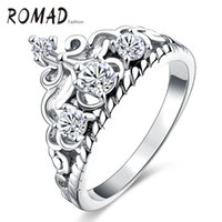Wholesale New Arrival Western Style Jewelry Crown Elegant White Diamond Ring Cubic Zirconia Platinum Plated Ring Female Birthday Wedding Gift