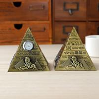 L'antiquité égyptienne pyramides modèle de décoration créative en alliage de zinc artisanat Accueil d'ameublement décoration décoration cadeau d'anniversaire