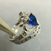 Classic Irish Claddagh Heart Blue Sapphire Wedding Engagement Ring Set Taille 6-10