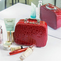 Leather alligator mirror - 2017Fashion New Style Women Mini Cosmetic Bags Case High Quality Alligator Grain Makeup Box With Mirror Professional Ladies Bag