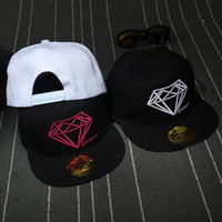 Wholesale 3 color men s baseball cap fashion diamond snapback caps women embroidered sports hat