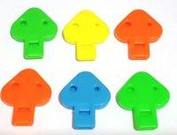 Venta al por mayor - 6 piezas de plástico de silbato plano - ideal para los niños Girks niños fiesta de cumpleaños Pinata juego regalo y PARTIDOS FAVORIOS juguetes regalo