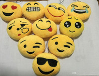 LIVRAISON GRATUITE DE DHL 240pcs / lot New Cheap Mixed Cute Yellow Emoji Porte-clés Emoticon Coussin Rembourré Pendentif Plume Toy Key Chain
