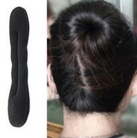 Forme el pelo rápido del bollo Espuma mágica Herramientas del pelo de la esponja Plato Donut Bun Maker Herramienta anterior de la torcedura Styling hair accessories