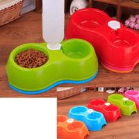 оптовых хот-дог воды-Горячие продажи Dual Dog Cat Миски (5 цветов) Пластиковые собак Кормление Чаша Кошка Щенок Food Drink поилки домашних животных Пот
