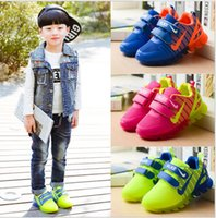 Wholesale 2017 Autumn And Winter Kids Shoes With Light New Spring Net Breathable Boys Fashion Sneakers Chaussure Led Enfant Sport Running Girls Shoes