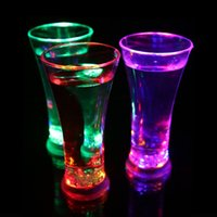 Wholesale NEW ARRIVAL LED glasses water cup Creative club KTV liquid induction juice cup Colorful flash drink cup LLFA