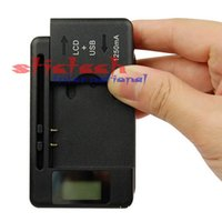 battery by cell phone - by dhl or ems Mobile Universal Battery Charger USB Port LCD Indicator Screen For Cell Phones new arrival