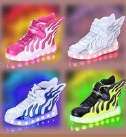 Enfants Chaussures LED Garçons Garçons Ailes d'ange Chaussures d'éclairage LED Chaussures de sport pour enfants Enfant Chargeur USB Chaussures plates lumineuses T1079