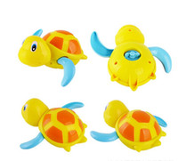 Wholesale Cool swimming small turtle bath water clockwork toys Taobao hot burst on behalf of the hair