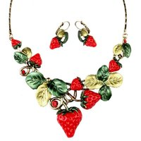 beaded heart earrings - Europe and the United States luxury retro strawberry necklace earrings set dinner dinner big fashion women with jewelry