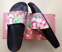 Wholesale New Arrival Fashion Women s Brand Sandals Flowers and Comfortable Outdoor Flat Sandals Beach Sandals